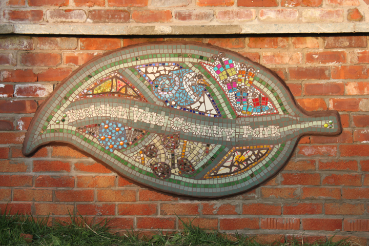 'Welcome' Mosaic for Reddish Vale Country Park, Brinnington. Working with Arc to create an outdoor mosaic. :: March 2012